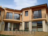 Furnished semi-detached bulgarian house 4 km from the beach front