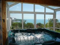 Furnished sea view villa near the Botanic Garden