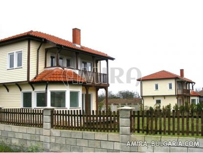 New 2 bedroom house near Albena, Bulgaria side 3