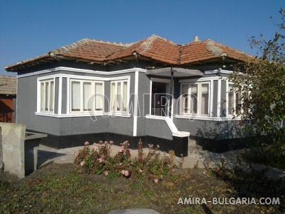 House in Bulgaria 4 km from the beach front 1