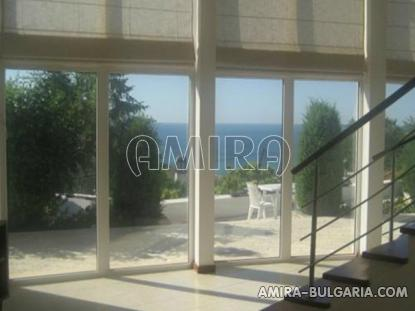 Semi-detached sea view house in Balchik living room