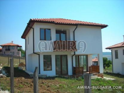 New 3 bedroom house with magnificent panorama front 3