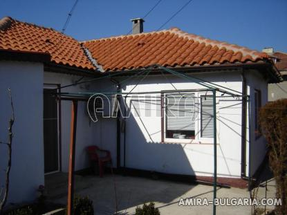 Furnished house 8 km from the beach front 1