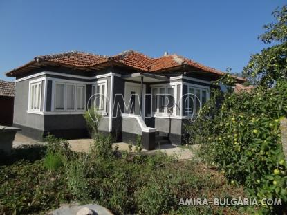 House in Bulgaria 4 km from the beach 1