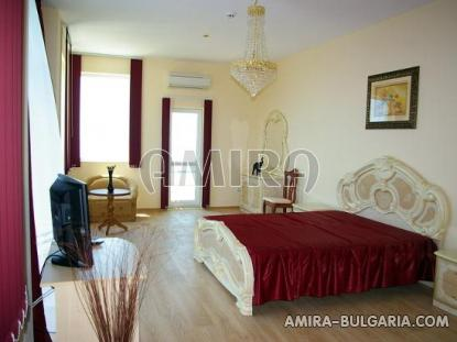 Huge sea view villa in Varna bedroom 2