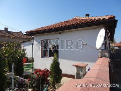 Furnished house 8 km from the beach 1