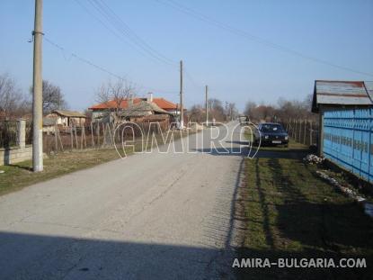 House in Bulgaria 9km from Balchik road access