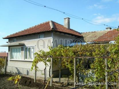 House in Bulgaria 40km from the seaside side