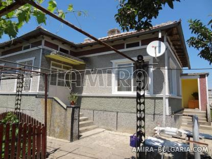 Renovated house in Bulgaria front 2