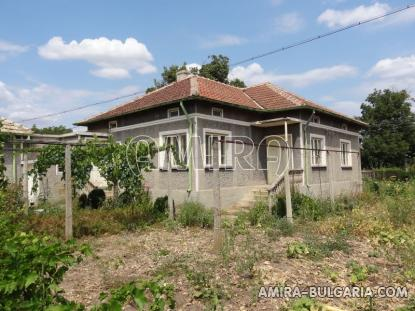 Furnished house in Bulgaria side 1