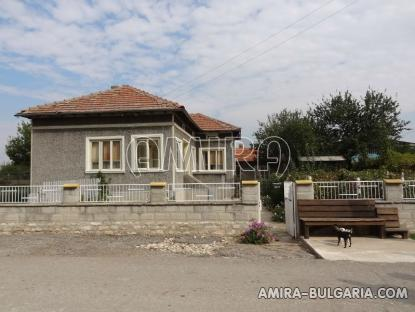 Furnished country house in Bulgaria 3