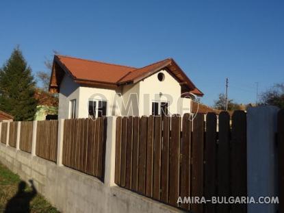 Renovated house in Bulgaria near a dam 5
