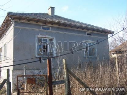 Bulgarian house with big plot 7