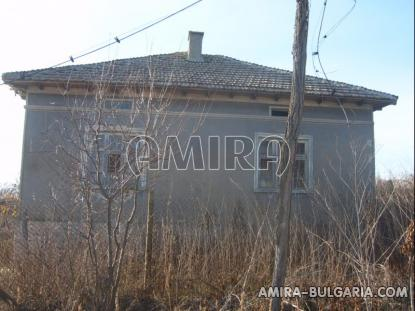 Bulgarian house with big plot 8