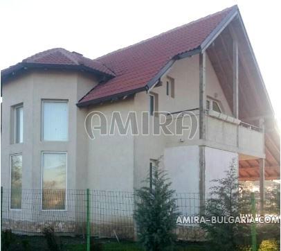 haus mit gro em grundst ck 10km vom meer 2553 amira bulgarien. Black Bedroom Furniture Sets. Home Design Ideas