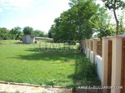 Furnished house in Bulgaria fence 2