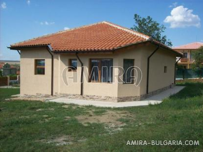 Furnished house in Bulgaria side 3