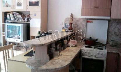 Furnished guest house 450 m from the beach room 2