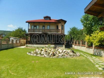 Furnished forest house next to Varna