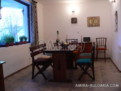 Furnished villa near the Botanic Garden dining room