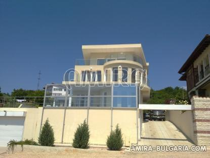 Luxury first line villa in Balchik with magnificent sea view front 4
