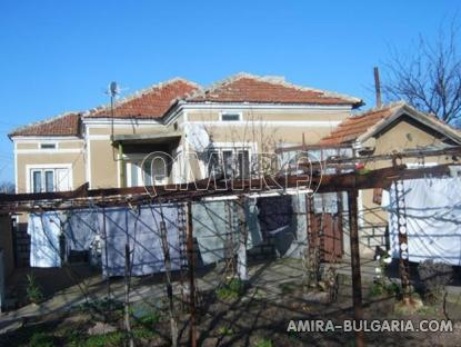House 11 km from Dobrich Bulgaria side