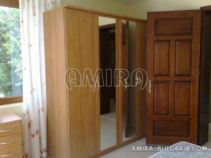 Furnished sea view house in Varna 11